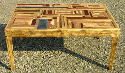 mesa hecha de parqué_ecodiseño y diseño sostenible